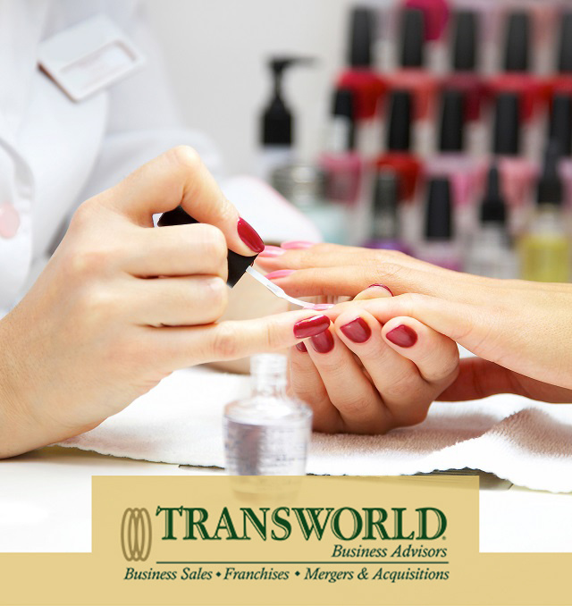 International Nail Salon in Lisboa - Figures are in Euro