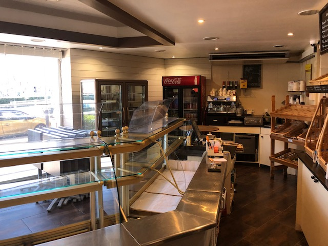 Boulangerie/pâtisserie/sandwicherie: Emplacement de premier ordre