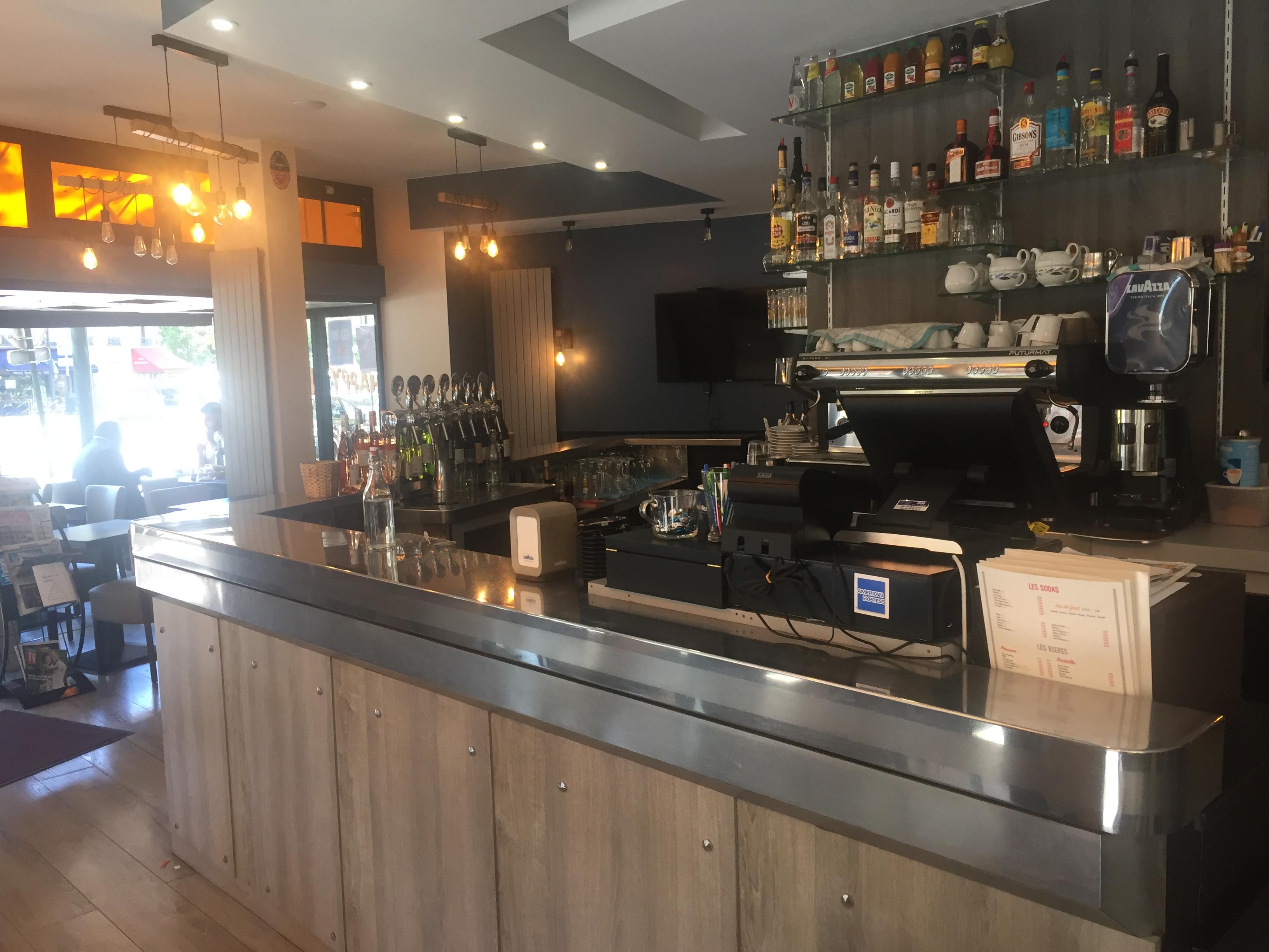 Brasserie - Café restaurant à fort potentiel - Clichy