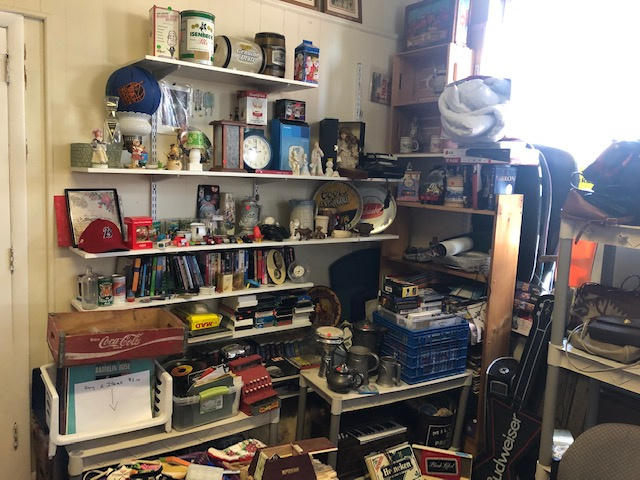 Antique Store For Sale in Prime Location