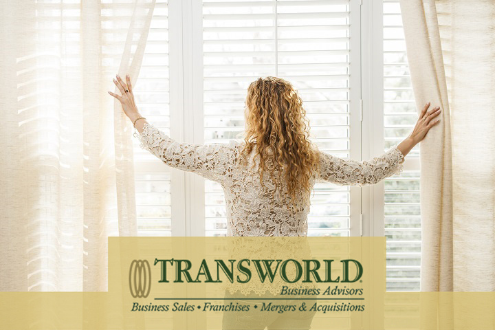 30 Year Old Custom  Window Treatment Manufacturer