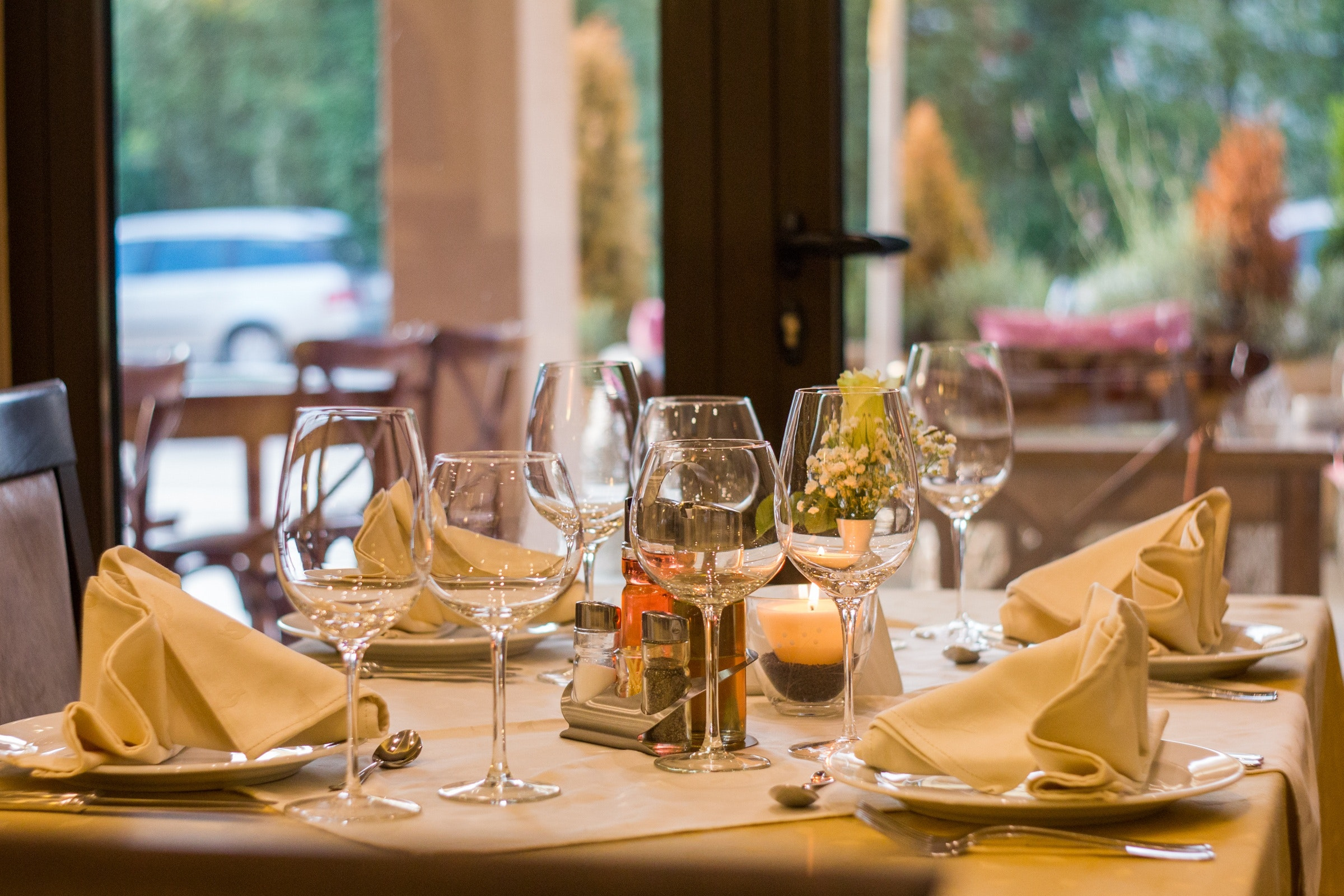 Prestigious Italian Restaurant - LOW Multiple