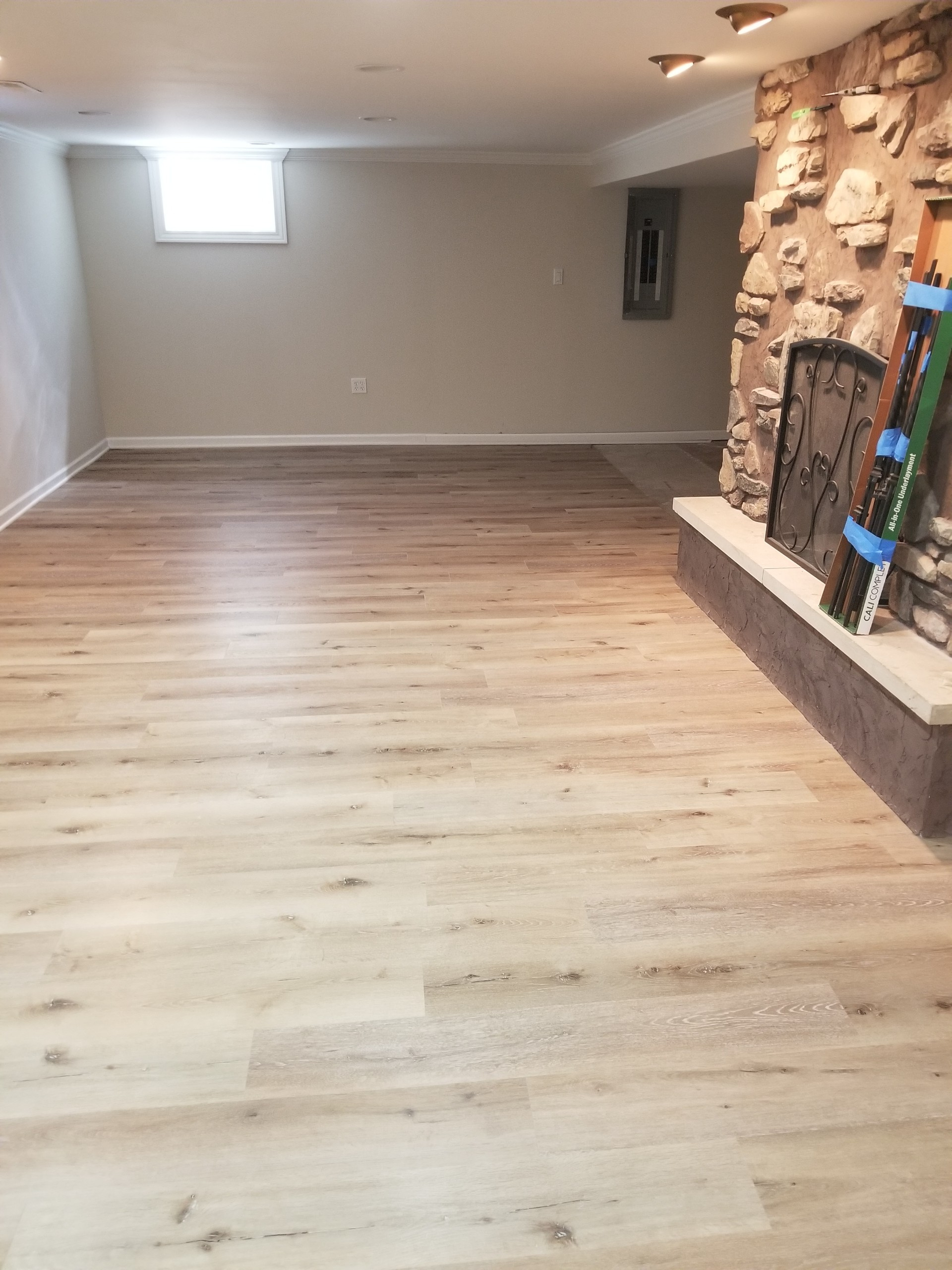 Established and Growing Flooring Business Ready for Next Owner!
