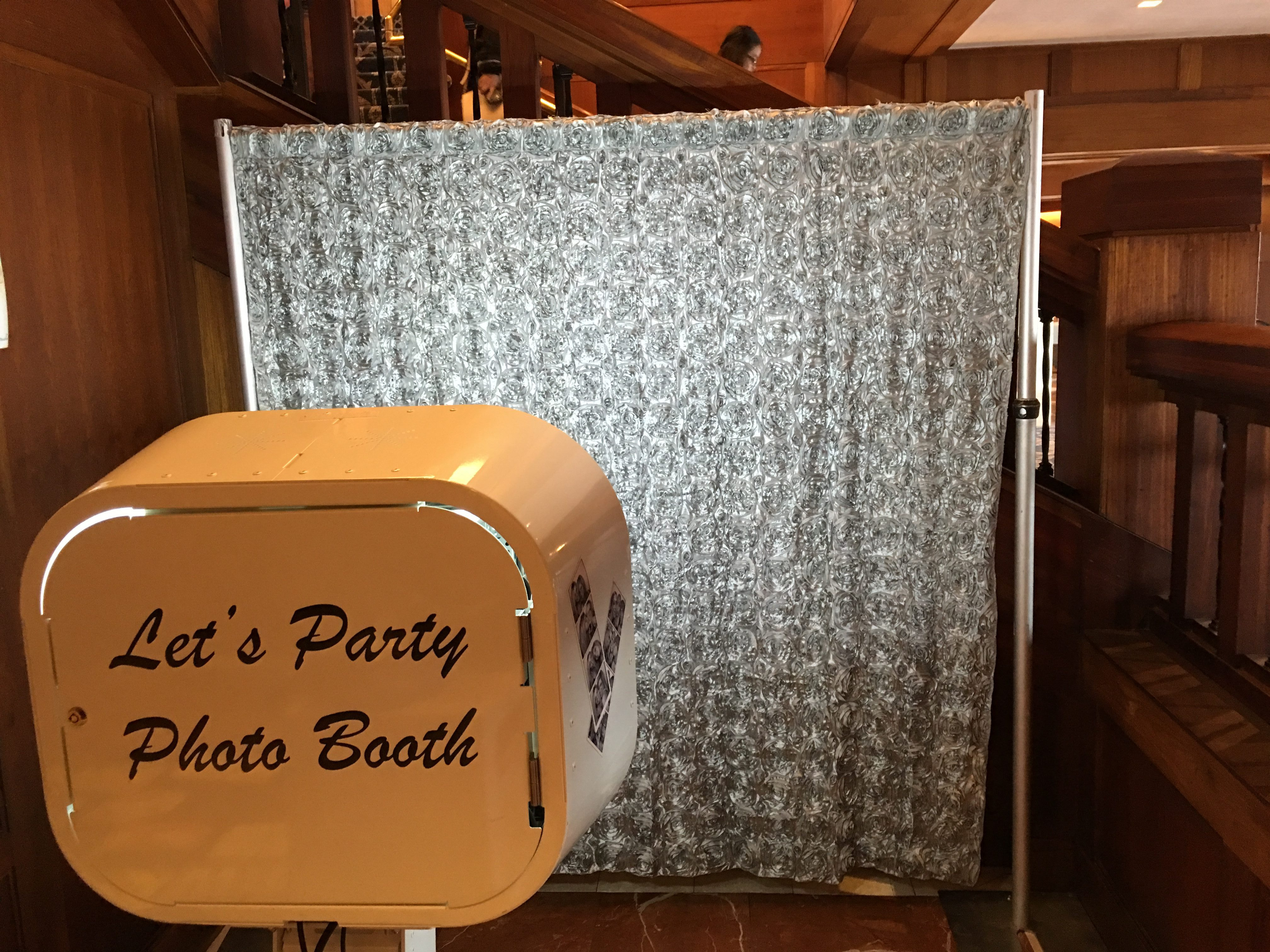 Profitable & Fun! Party Photo Booth Company Available in MontCo