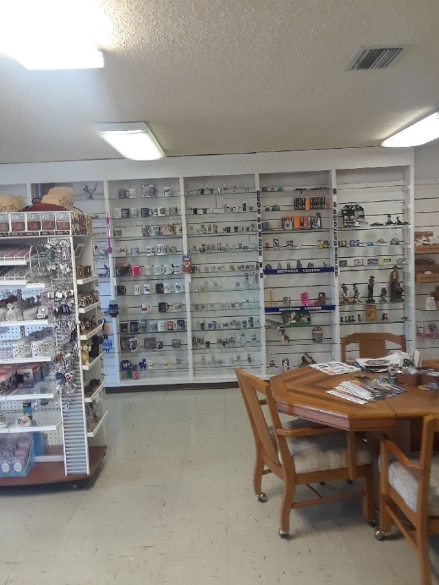 Gifts Wholesaler in Business for over 50 Years.