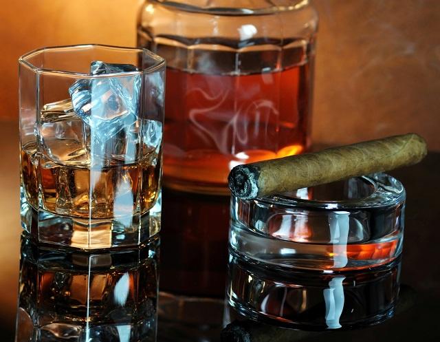 Cigar and Hookah Lounge