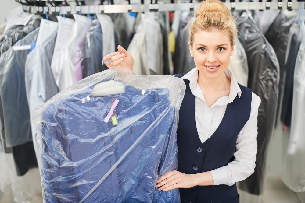 STRONG LOCAL DRY CLEANING CHAIN WITH CONSISTENT PERFORMANCE