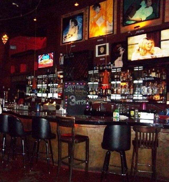 Queens Corner Bar Near Subway - Only $110k