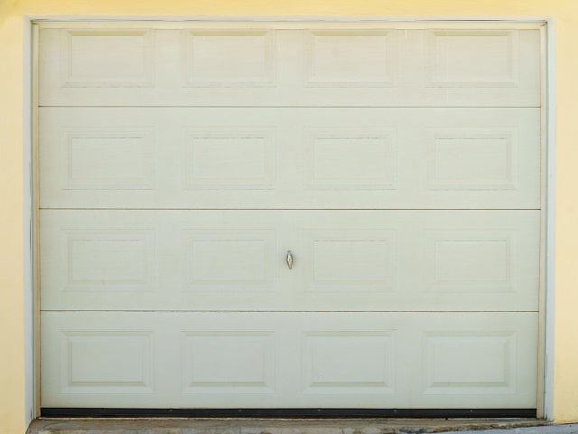Garage Door Maintenance and Service Company