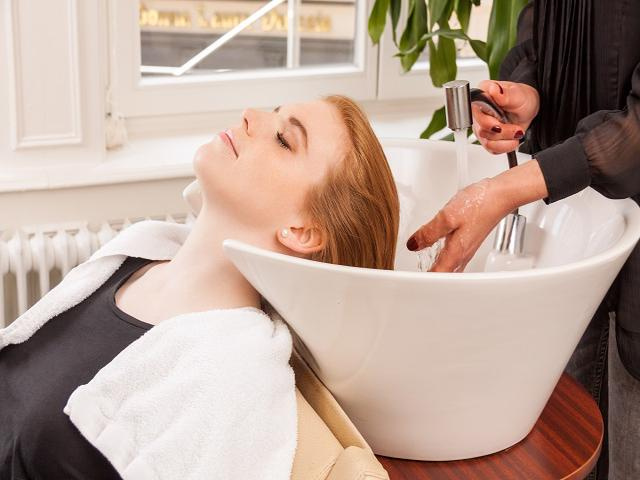 Established Retail & Refill Beauty Salon in Bend, OR