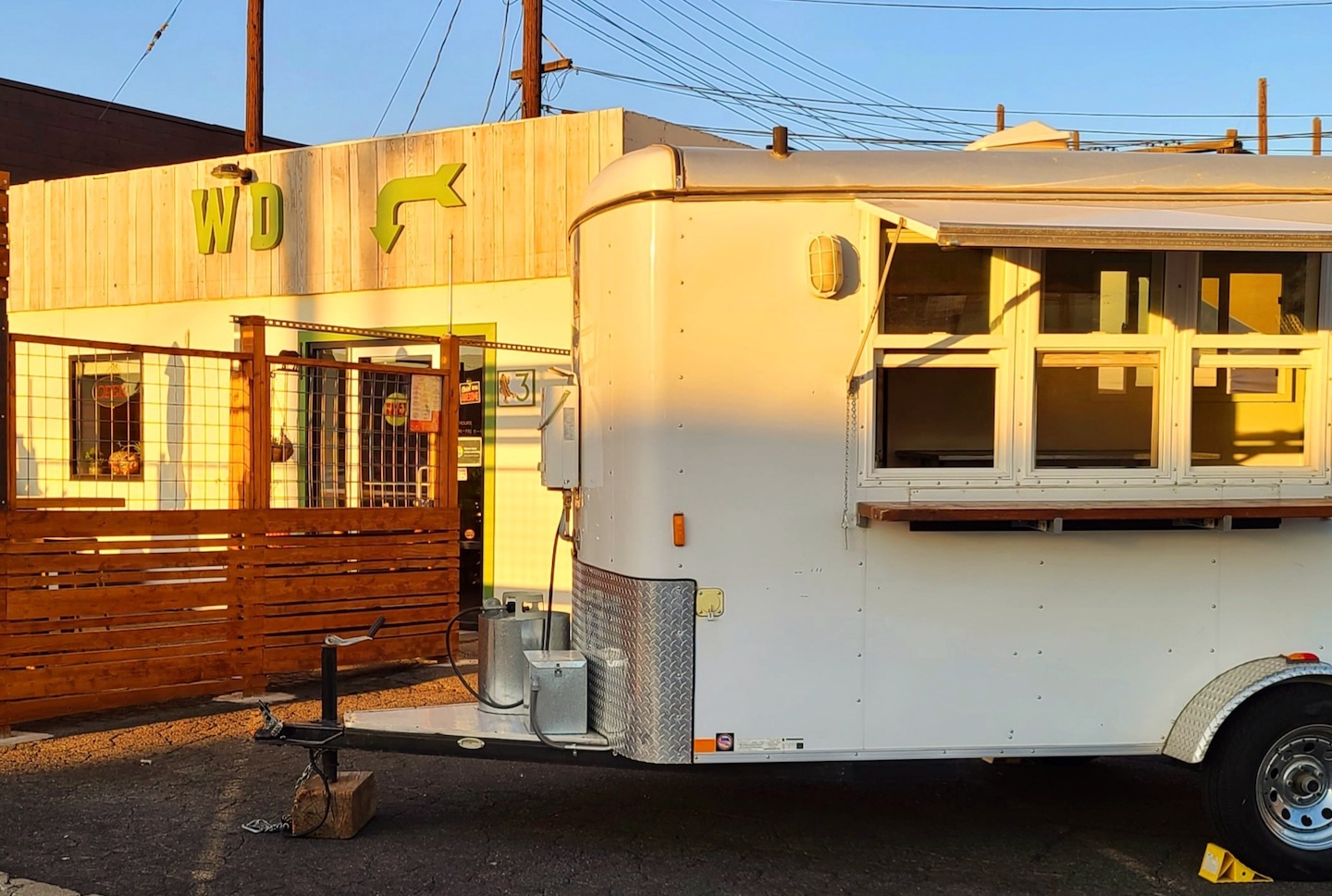 Commercial Kitchen & Mobile Food Trailer