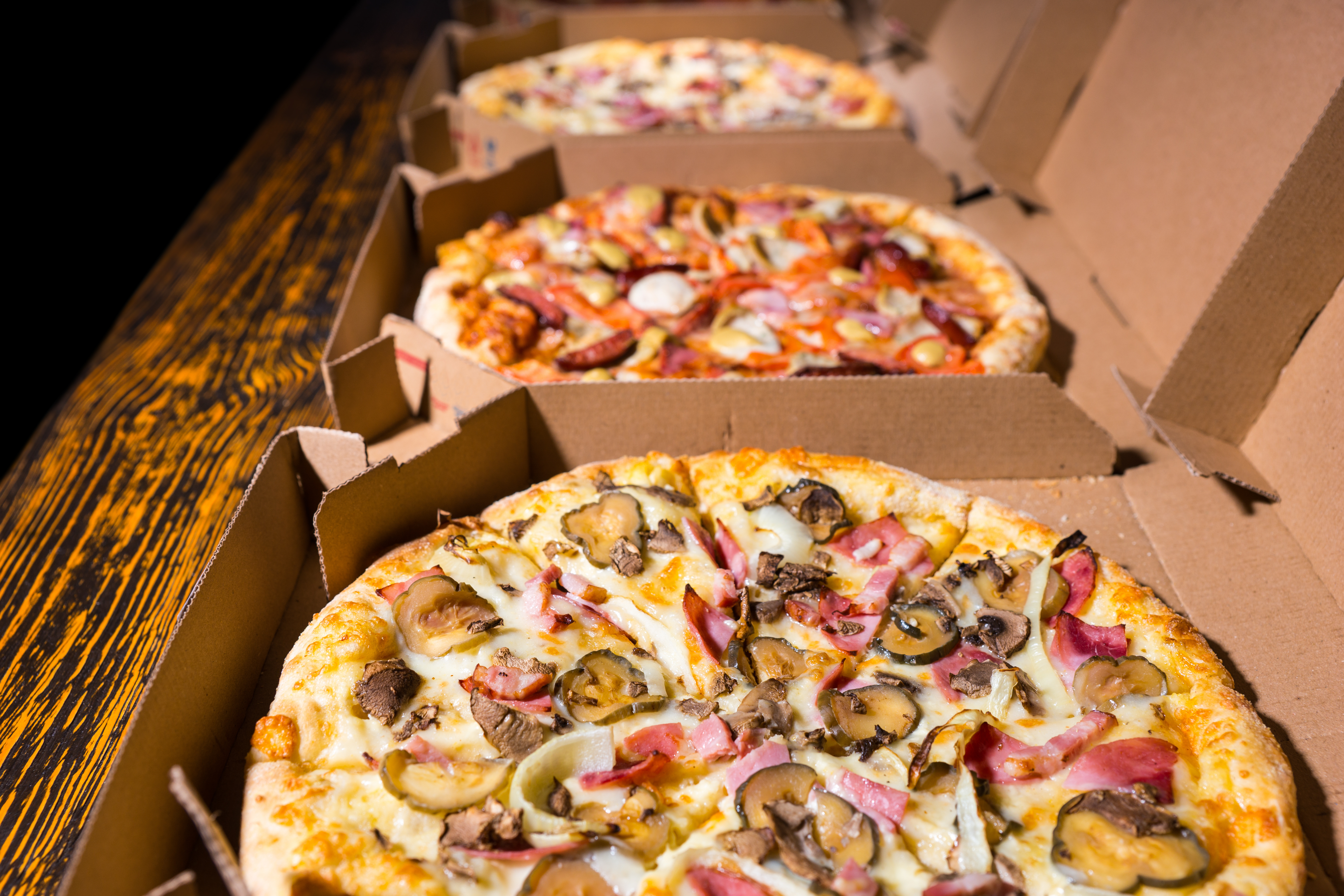 Philly Take Out Pizzeria Great Location High Revenues & Profits