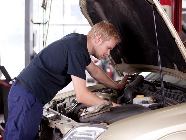 Family Owned Auto Repair Shop on Busy Highway