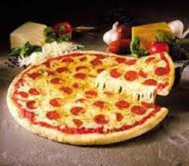 Pizza Shop in a Prime Location!