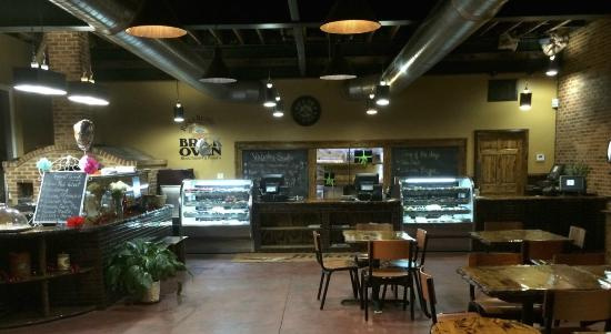 Long established Brick Oven Pizzeria and excellent Restaurant in