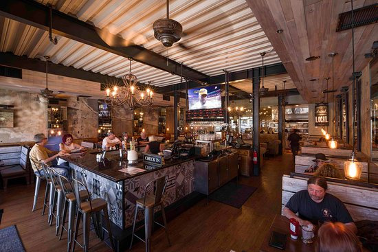 Amazing pub restaurant ready to go! Prime North Shore Suffolk Co
