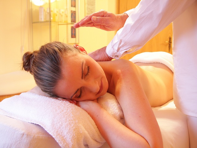 Day Spa Providing Massage Therapy with Boutique Shop