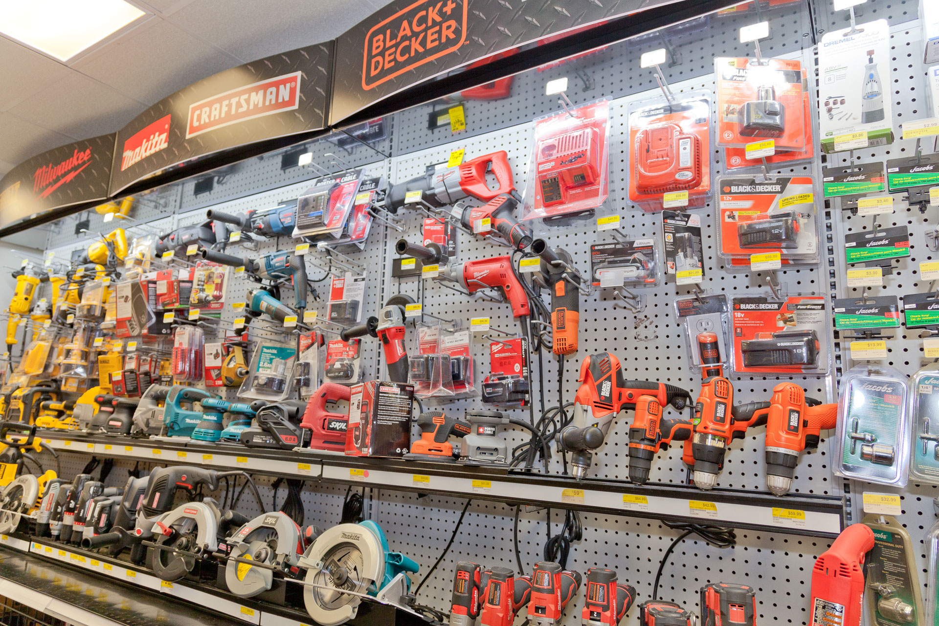 Local Hardware with Equipment-$400K inventory included