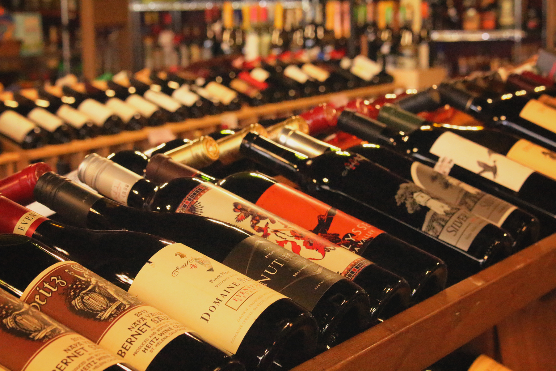 High Volume - Busy Liquor Store For Sale