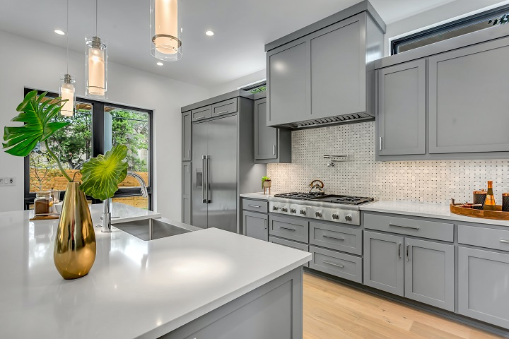 Retail Kitchen and Bath Cabinet Business Pinellas County for Sale