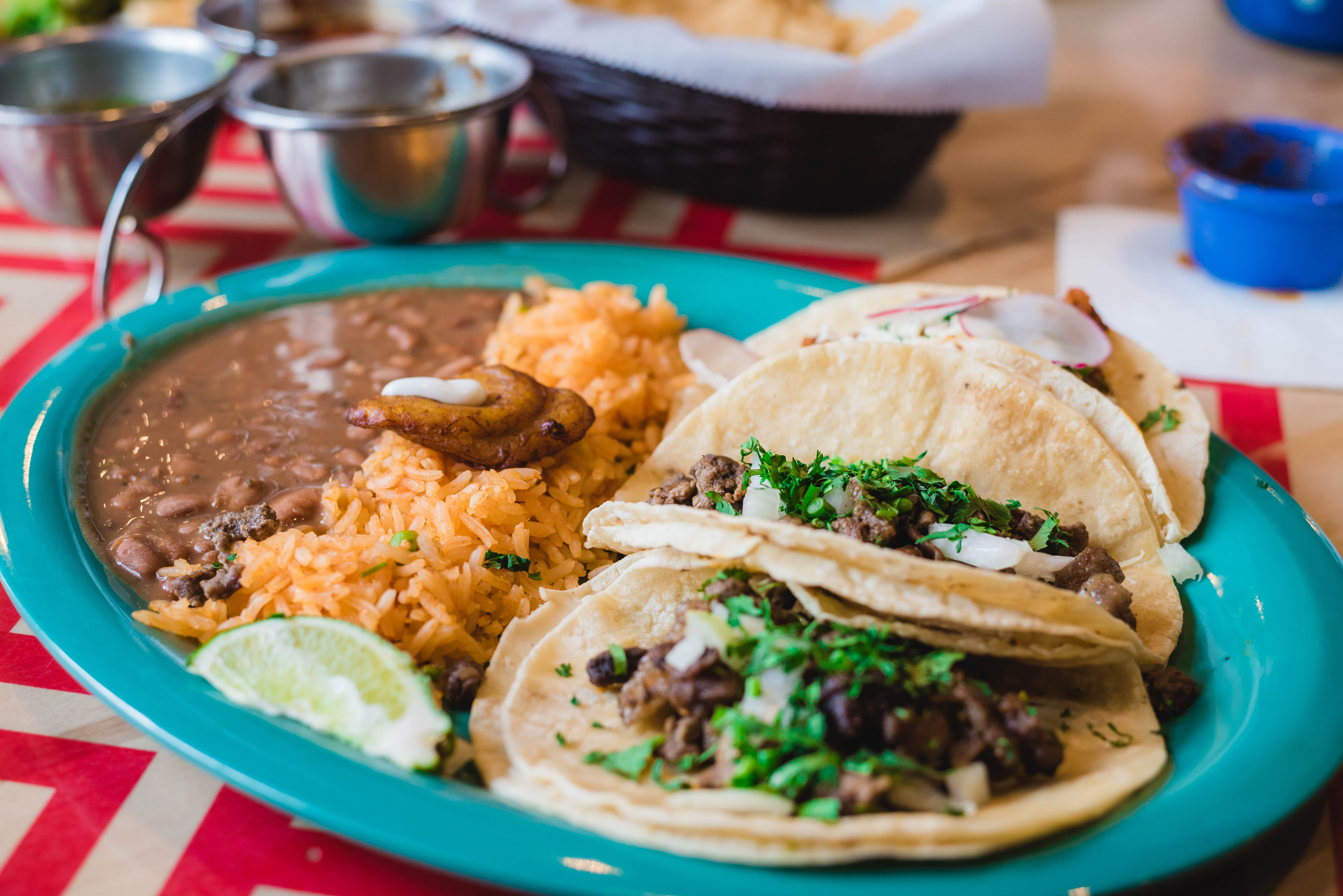 Successful Mexican Restaurant in Heavy Traffic Area - Real Estate