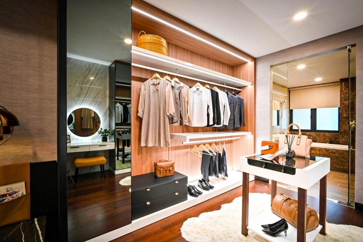 Custom Closets and Storage Solutions B2B and B2C