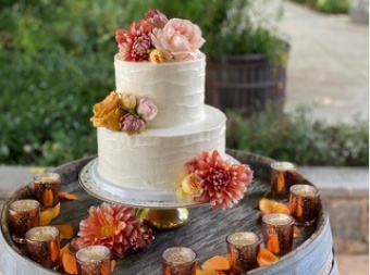 Specialty Cakery, Florist and Event Décor in Oakhurst California