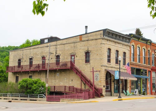 Historic Lanesboro Inn For Sale