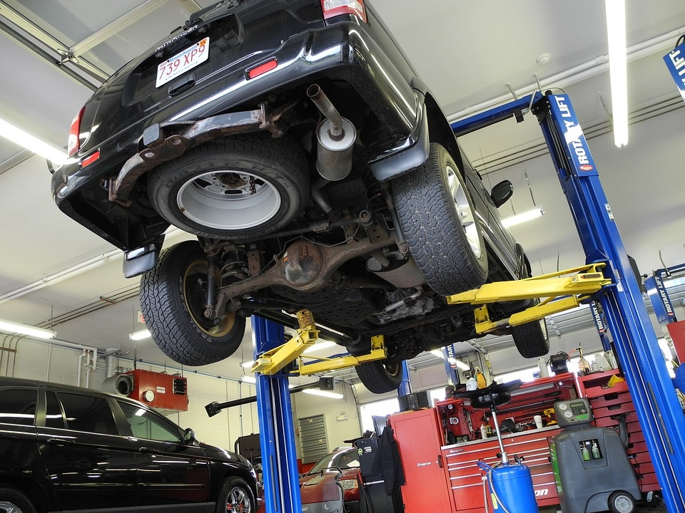 Offer!!! Automotive Repair with Property!