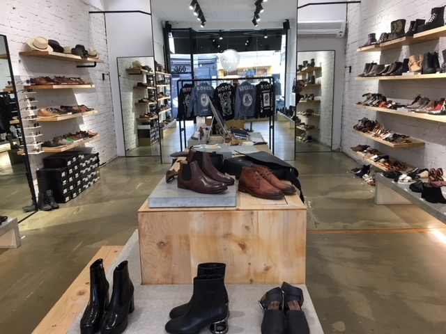 Boutique fashion/footware at main street price tag Chapel Street