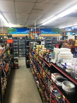 Convenience Store Walking Distance From the Ocean