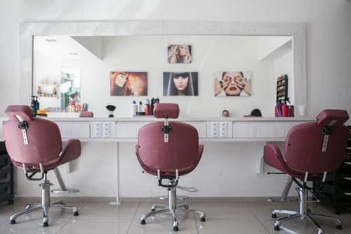 Early Christmas for buyer of this Profitable Turnkey Hair Salon