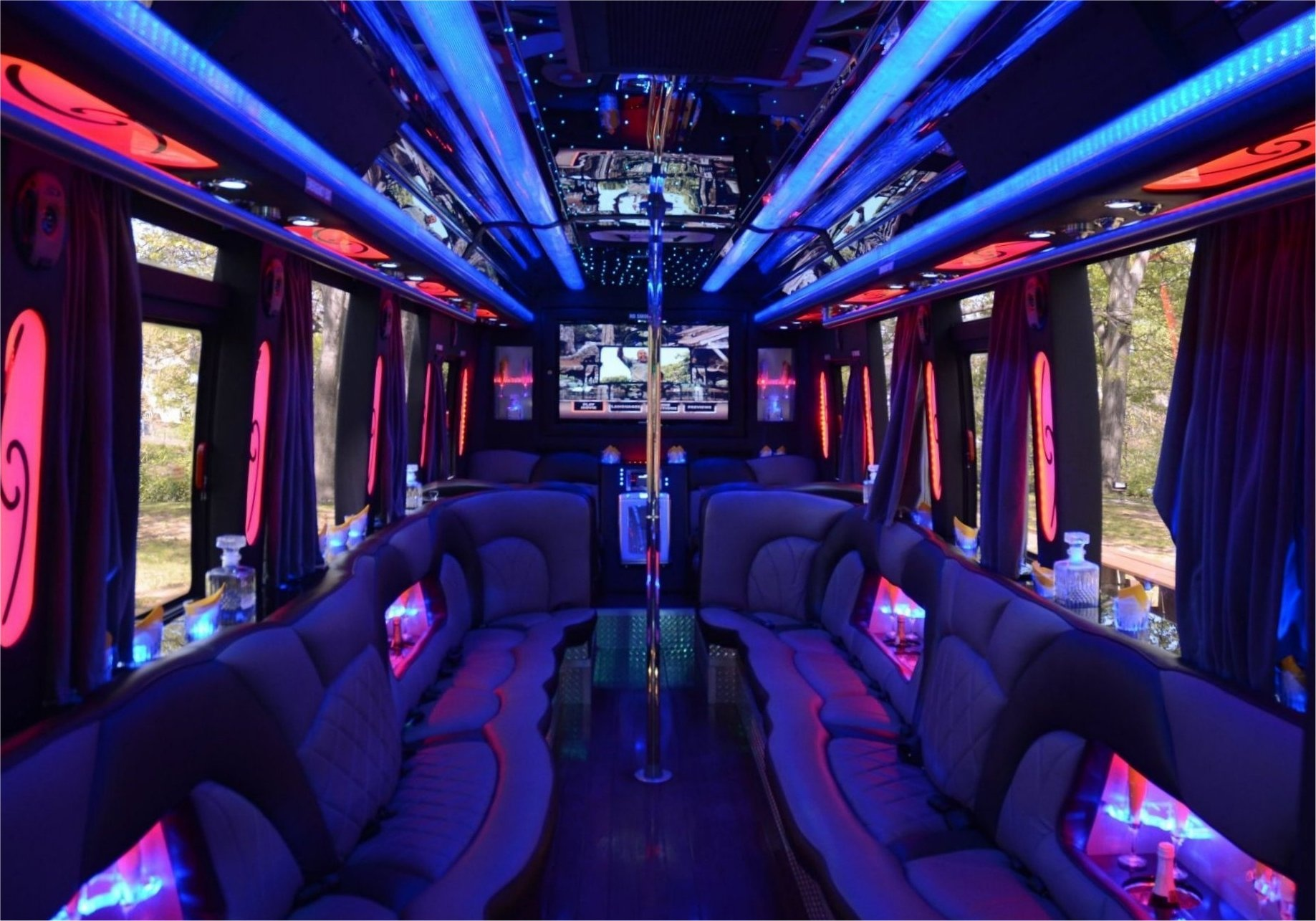 FUN! PROFITABLE! PARTY BUS!