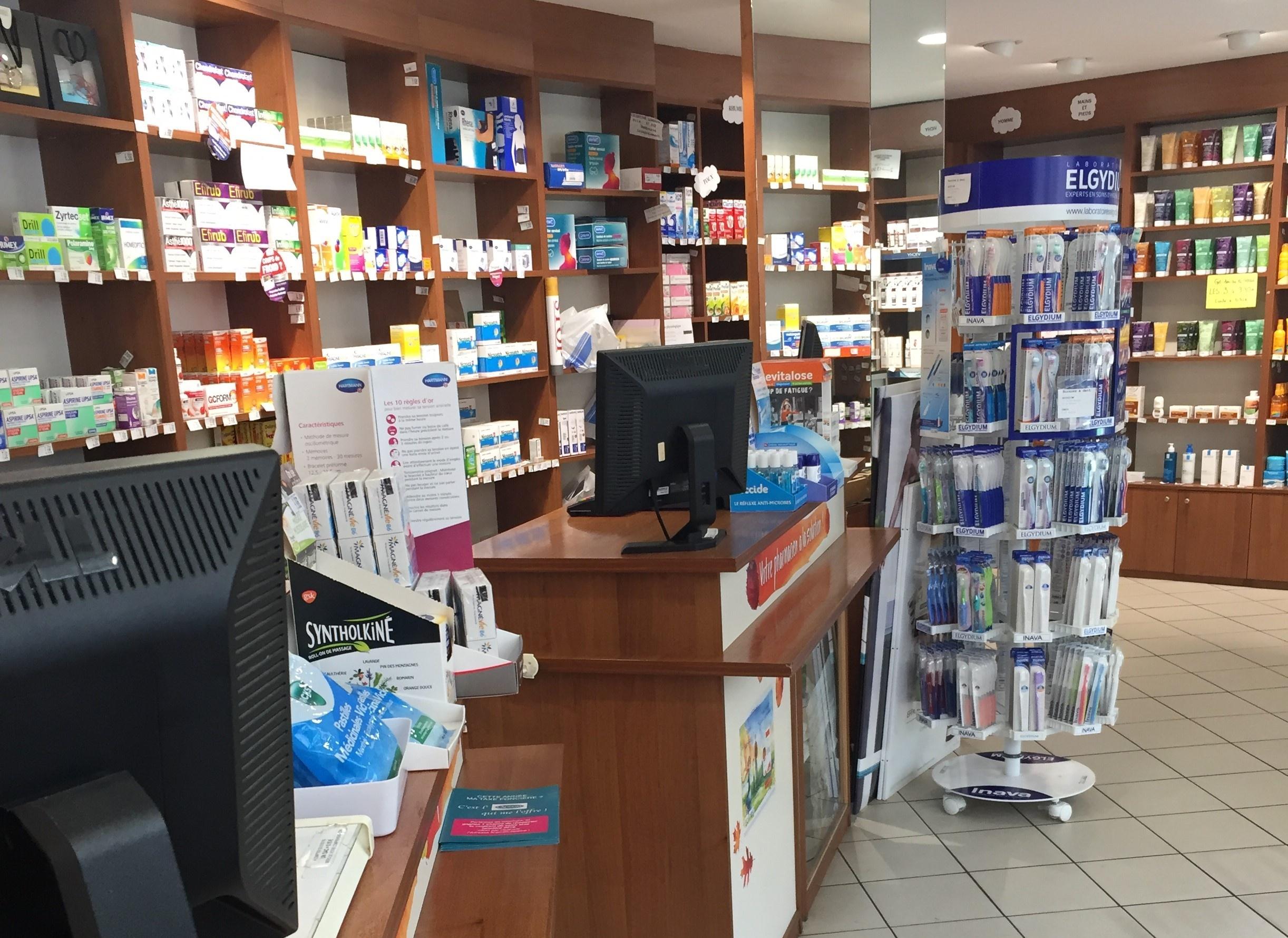 Pharmacie de quartier aux portes de Paris; très rentable