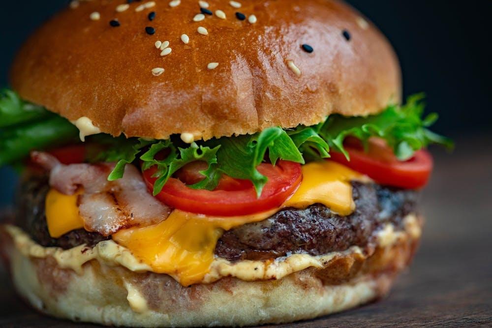 Famous Burger Bar