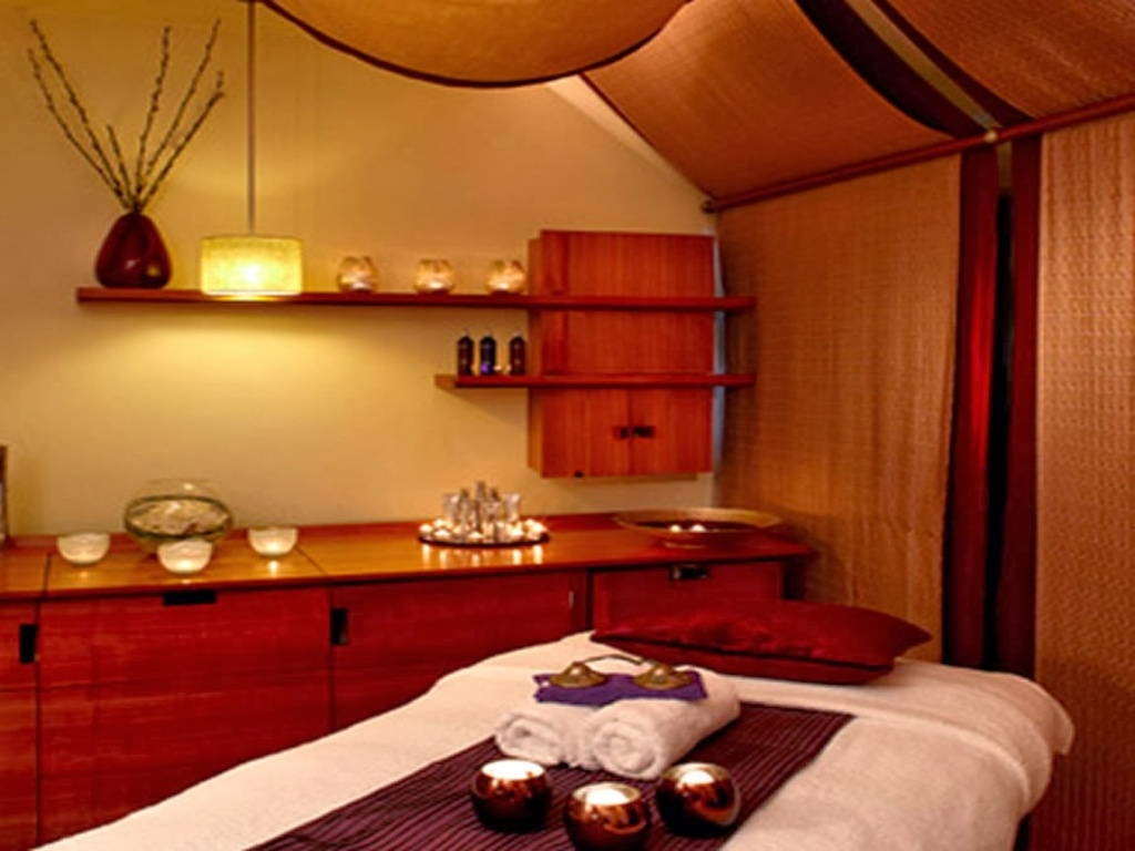 Beautiful and Profitable Day Spa, Fully Staffed