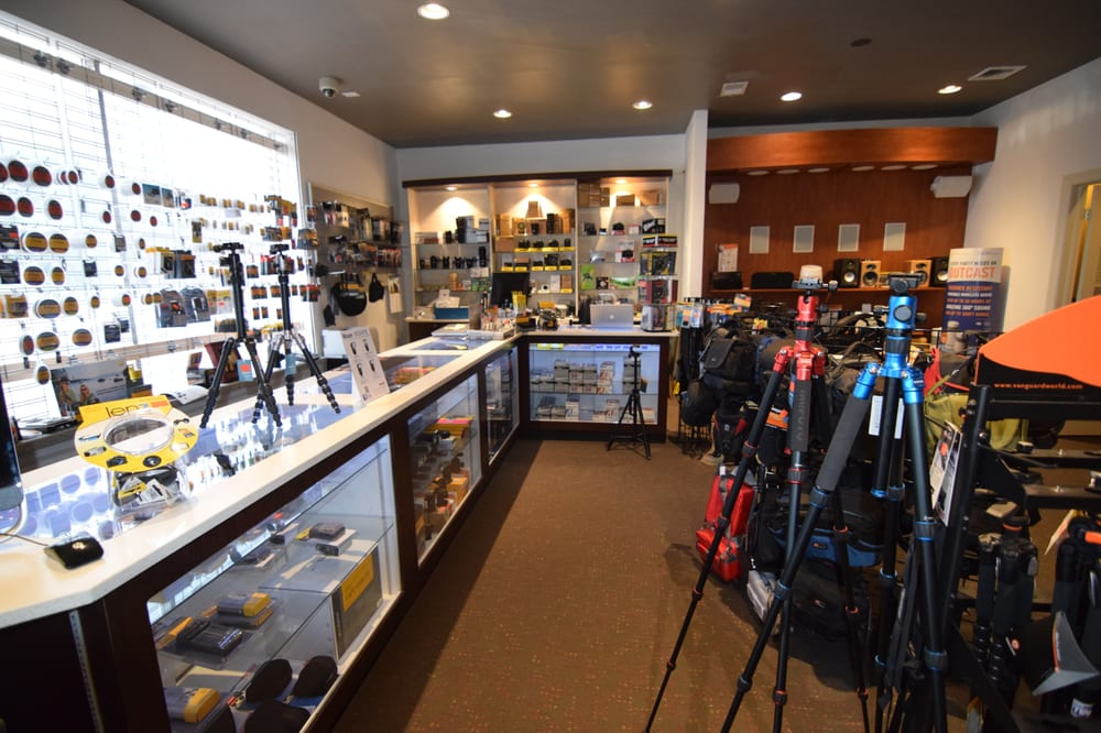 Retail and online camera store business - Long Island