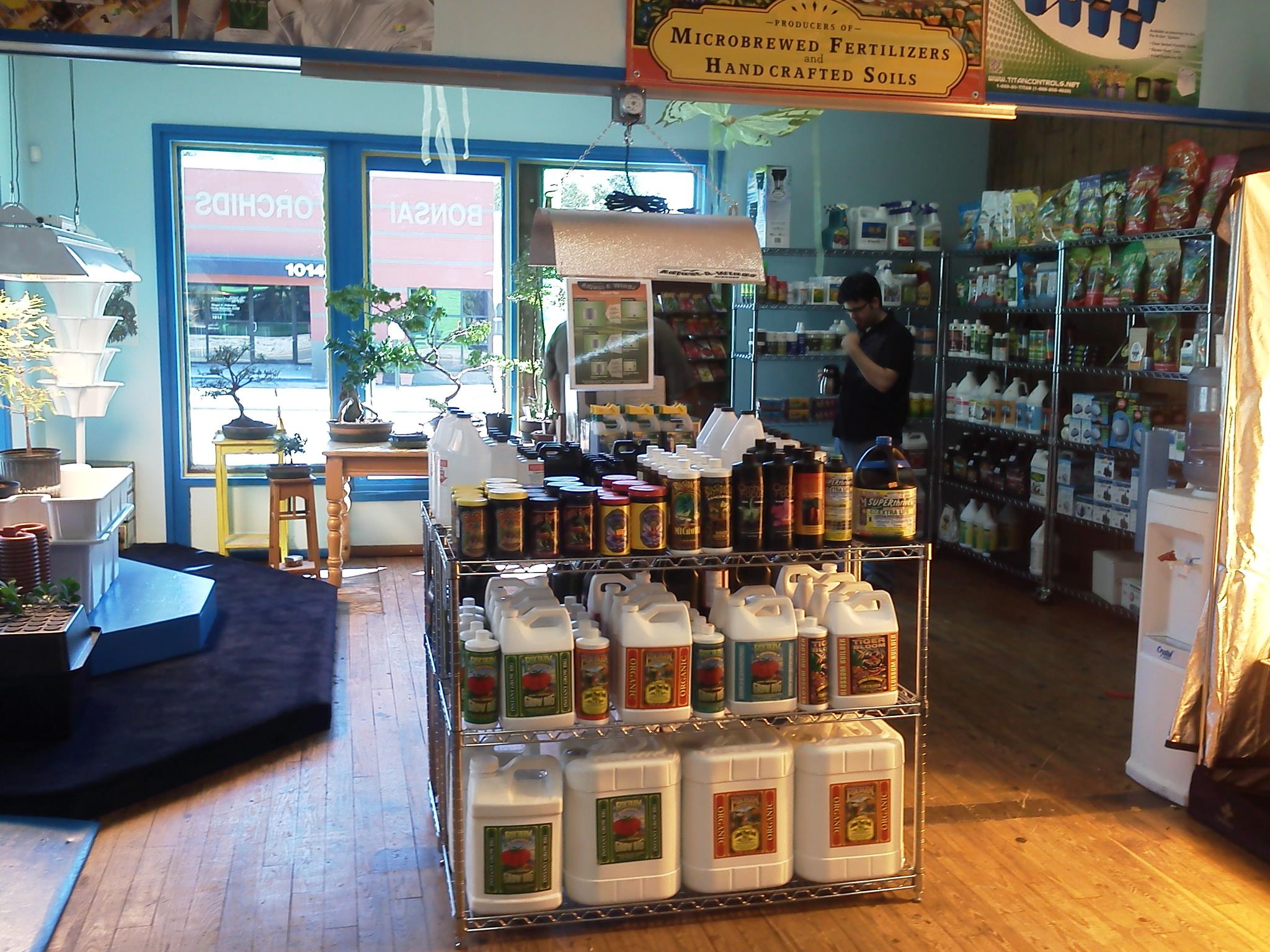 Hydroponic Gardening Supply Store