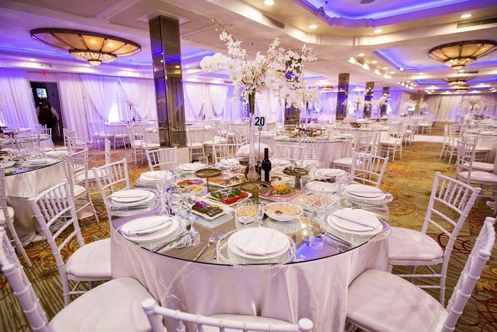 Banquet Hall with Multifaceted Lucrative Revenue Stream