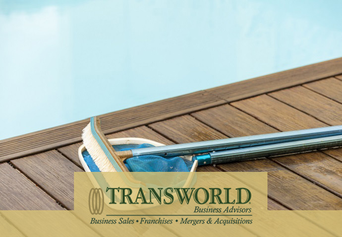 Pool Cleaning & Service - Franchise
