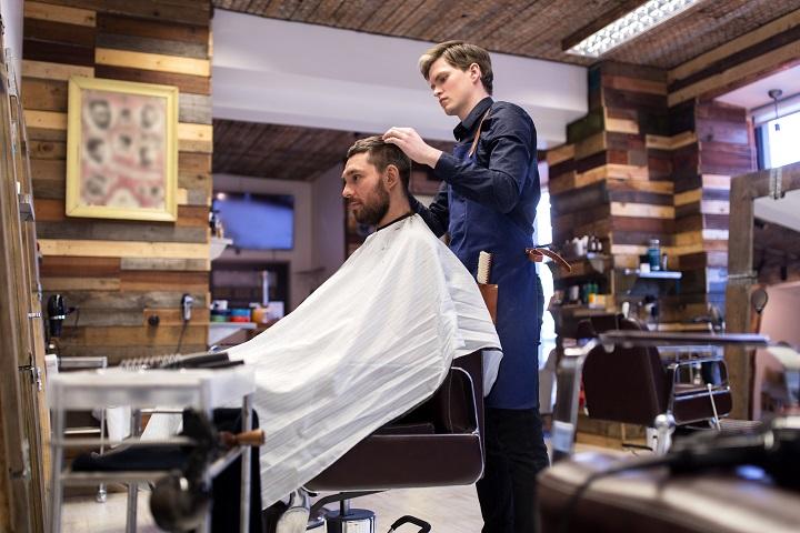 Established Barbershop/Salon - Busy Shopping Center