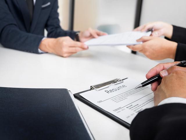 Niche Gov't Contractor/HR Information Provider-601410