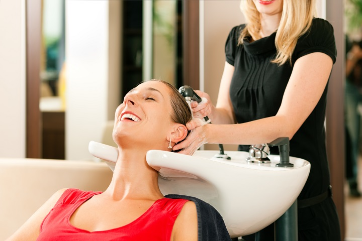 Upscale hair salon on busy route