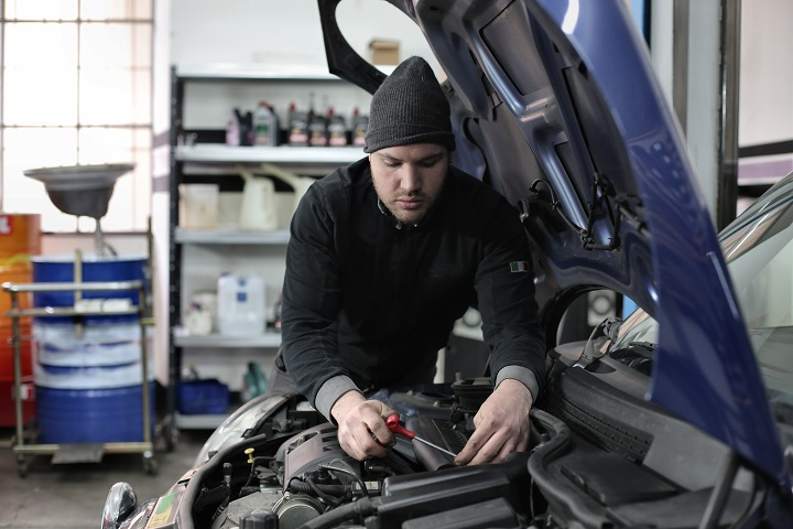 Automotive Repair and Service - Ideal Location