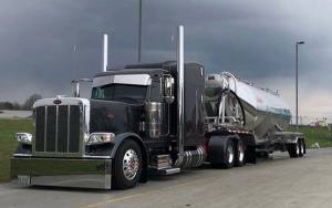 Profitable Owner Absentee N. Texas Trucking Company