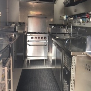 Food Truck for sale Immaculate AS NEW– Versatille and practical f